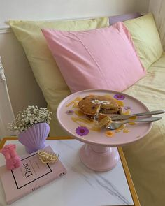 Room Ideas Bedroom, Bedroom Decor, Bedroom Inspo, Pastel Bedroom, Pastel House, Pastel Decor, Indie Room, Minimalist Room, Dorms Decor
