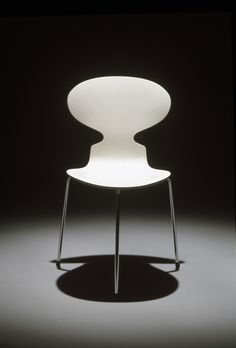 Ant Chair - Arne Jacobsen for Fritz Hansen (1952)