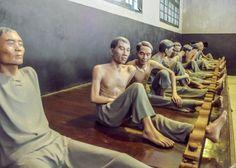 Hoa Lo Prison (Maison Centrale)   Hanoi   Vietnam   RedBarberry.com