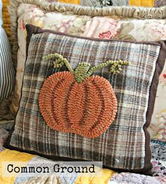 """Common Ground: """"Hooked"""" on Wool Pillows for Fall"""