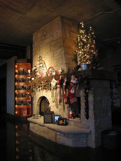 If your family Christmas celebration has gone stale, consider having Christmas at your lake home, this year.  Get all different decorations and make a whole new backdrop for the holiday.