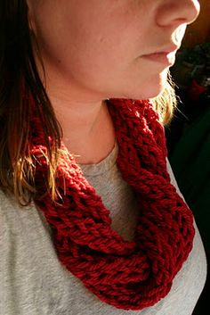 Finger Knit cowl--try with t-shirt yarn