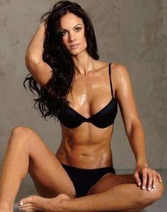 Fitness model, Brooke Mora