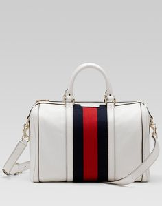 I reeeeally want one of these!!!! Gucci Vintage Boston bag. One ef6e0553d16