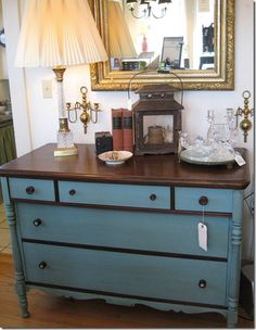 I love this dresser! Wish I didn't sell my similar old one!