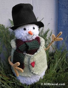 Knitted Snowman Pattern....free pattern from AOK Corral...
