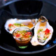huîtres, vinaigrette aux agrumes et au piment