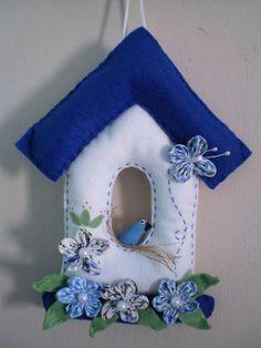 enfeite de porta casinha bem vindo em feltro com passarinho