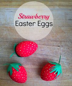 Hi Friends! Are you still using that silly wire tool to dunk Easter Eggs in food coloring? Give your eggs a sweet twist this year by creating super easy DIY Strawberry Easter Eggs. Colored eggs are the universal symbol of Easter and strawberries are a symbol of warmer weather. Strawberry Easter Eggs – The perfect combination …