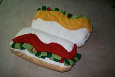 Hot Dog Bun Doggie Bed by Canocopia on Etsy, $99.00 @Becky Hui Chan Bender Thought your mom could use this!!