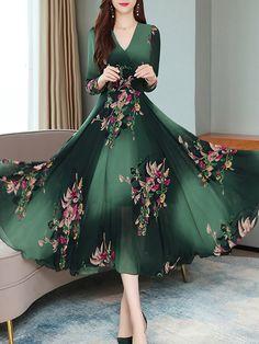 V-Neck Floral Printed Maxi Dress - Cheap Dresses Vestido Maxi Floral, Polka Dot Maxi Dresses, Lace Maxi, Maxi Dress With Sleeves, Cheap Dresses, Day Dresses, Dresses Online, Modest Dresses, Dress Silhouette