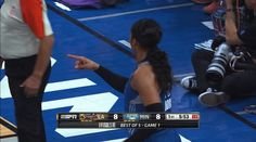 basketball clapping applause clap wnba wnba finals minnesota lynx maya moore trending #GIF on #Giphy via #IFTTT http://gph.is/2deiQRV