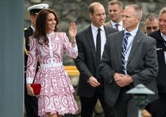 Kate, the Duchess of Cambridge, left, and Prince William are escorted to Harbour Air Terminal in Victoria, B.C., Sunday, Sept 25, 2016 on their way to Vancouver for planned events. (Chad Hipolito/The Canadian Press via AP)