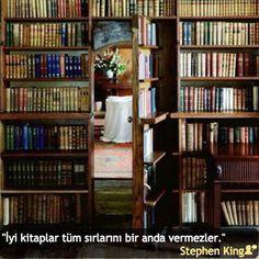 """""""İyi kitaplar tüm sırlarını bir anda vermezler."""" #StephenKing #birsözepikse #özlüsözler #anlamlısözler #güzelsözler #gününsözü #edebiyat #felsefe #siirsokakta #şiirsokakta"""