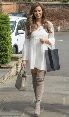 TOWIE's Jessica Wright puts on a leggy display in thigh high boots #dailymail