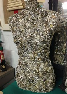 Incredible jewel encrusted vintage dress form- pins collected from around the world. One of a kind! At Vintage Thymes Market Vintage Jewelry Crafts, Old Jewelry, Vintage Costume Jewelry, Vintage Costumes, Jewelry Art, Fancy Jewellery, Antique Jewellery, Fashion Jewellery, Mannequin Art
