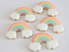 Pastel rainbow cookies for a unicorn party. Rainbow Unicorn Party, Rainbow Birthday Party, Unicorn Birthday Parties, Rainbow Baby, Rainbow Pastel, 4th Birthday, Birthday Ideas, Iced Biscuits, Cookies Et Biscuits