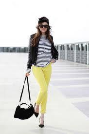 Resultados de la Búsqueda de imágenes de Google de http://fashiontips.com.mx/contenido/2012/05/pantalon-amarillo.jpg