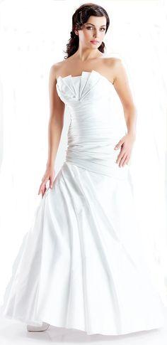 Αποστολές λουλουδιών και φυτών σε όλη την Ελλάδα αυθημερόν One Shoulder Wedding Dress, Wedding Dresses, Fashion, Bride Dresses, Moda, Bridal Gowns, Fashion Styles, Weeding Dresses, Wedding Dressses