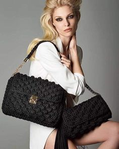 """New Cheap Bags. The location where building and construction meets style, beaded crochet is the act of using beads to decorate crocheted products. """"Crochet"""" is derived fro Crochet Shell Stitch, Bead Crochet, Crochet Handbags, Crochet Purses, Crochet Bags, Purse Patterns, Knitting Patterns, Knitted Bags, Knit Bag"""