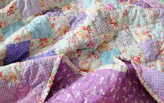loving this lavender quilt