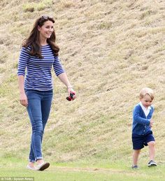 Kate Middleton goes casual for a day out with Prince George