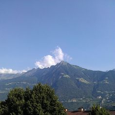 Stadt- und Bergblick vom City Hotel Merano