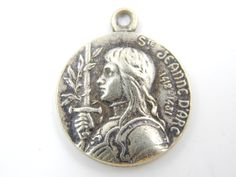 Vintage Saint Joan of Arc Catholic Medal - St Jeanne d'Arc Religious Charm - Patron St of Military - R18 by LuxMeaChristus on Etsy