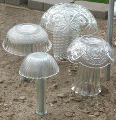 Recycled glass garden mushrooms Check out the website to see Glass Garden Flowers, Glass Plate Flowers, Glass Garden Art, Flower Plates, Glass Art, China Garden, Garden Mushrooms, Glass Mushrooms, Garden Whimsy