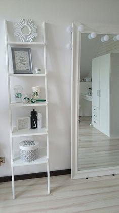 Ladder Bookcase, My Room, Shelves, Rooms, Home Decor, Drawing Rooms, Shelving, Quartos, Homemade Home Decor