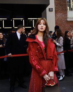 Korean Star, Korean Girl, Asian Girl, Korean Actresses, Actors & Actresses, Lee Sung Kyung Fashion, Weightlifting Fairy Kim Bok Joo, Asian Celebrities, Seong
