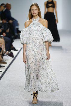 Giambattista Valli | Ready-to-Wear Spring 2017 | Look 18