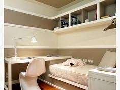 Kid bed/ desk combo