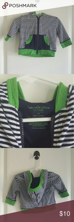 Splendid Little Striped Zip up Hoodie This hooded zip up jackets is great for the cold weather coming up! In great used condition. 🎉 Every purchase enters you in for a gift card drawing at the end of the month. Check out the Closet Rules listing for details. 💕💖 In addition to an entry as mentioned above, each children's clothing purchase includes a free gift. 🎁 Splendid Littles Jackets & Coats