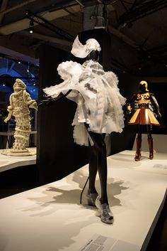 World of WearableArt™  Opened at MoPOP July 2, 2016; Closed January 2, 2017.