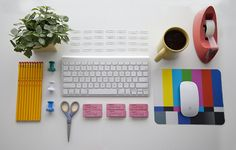 SUBMISSION: New year, clean desk. —Vignette Agency