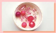 12 perles plastique et verre de couleurs rose variées : Autres Perles par chely-s-creation