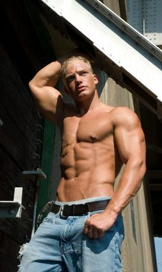 Fitness Model #mens #fitness #ripped