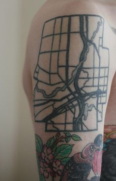 11 Map Tattoos That Pay Tribute to Cities and Their Systems Street Tattoo, City Tattoo, Map Tattoos, Architecture Tattoo, Get A Tattoo, Tattoo Inspiration, Tatting, Body Art, Tattoos
