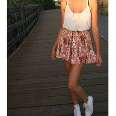Floral skirt & tank + converse.