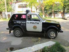 Lada Niva, Police