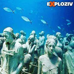 Viete si predstaviť múzeum pod vodou? Pozrite si video na webe! #more #ocean #umenie #art #sochy #muzeum #video #exploziv