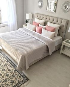Charlton Home Rauscher Upholstered Panel Bed at a Glance - targetinspira Master Bedrooms Decor, Bedroom Decor, Apartment Decor, Bedroom Inspirations, Girls Bedroom, Home Bedroom, Bedroom Deco, Home Decor, Room