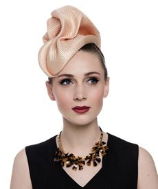 Melbourne Spring Racing Carnival - Fashion hat Sega Headpiece in Nude Philip Treacy Hats, Carnival Fashion, Spring Racing Carnival, Melbourne Fashion, Millinery Hats, Headbands For Women, Up Hairstyles, Headpiece, Bride