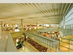 Hong Kong International Airport Terminal 1: Hong Kong – Floor Space: 570,000 m (6.3 million sq ft)