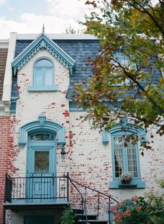 Brick Home with Blue Accents in Montreal Canada - Entouriste Old Montreal, Montreal Ville, Montreal Canada, Montreal Architecture, Old Buildings, Blue Accents, House Goals, Belle Photo, Interior Inspiration