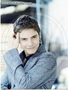 Look at our cutie pie! These pix are small, but i found a ton! Daniel Bruhl, Beautiful People, Pie, Celebrities, Torte, Cake, Celebs, Fruit Flan, Pies