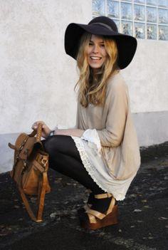 Capeline femme, accessoires collection. #fashionista #womensfashion