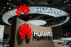 Washington (AFP) – Chinese technology titan Huawei said Tuesday it filed suit in the United States against Samsung, claiming its South Korean rival has infringed on patents on wireless connectivity for mobile devices. https://tech.desiforce.com/chinas-huawei-sues-samsung-over-wireless-patents/