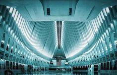 Gorgeous Instagram Account  Focusing on Symmetrical Architecture
